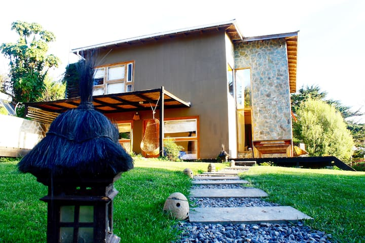 Natural Surf Lodge Pichilemu/Pta. de Lobos - Pichilemu - Bed & Breakfast