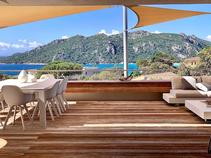 Luxury villa- Panoramic sea- Santa Giulia-5*