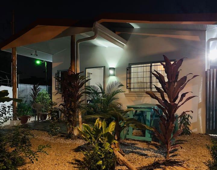 Casa Amor.  Close to Beach  Disinfected/Beautiful