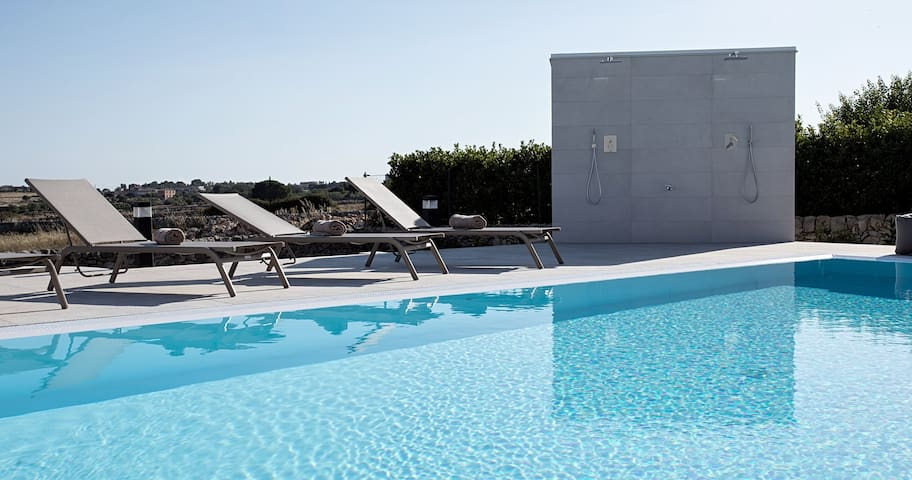 Villa in the countryside with pool - Modica