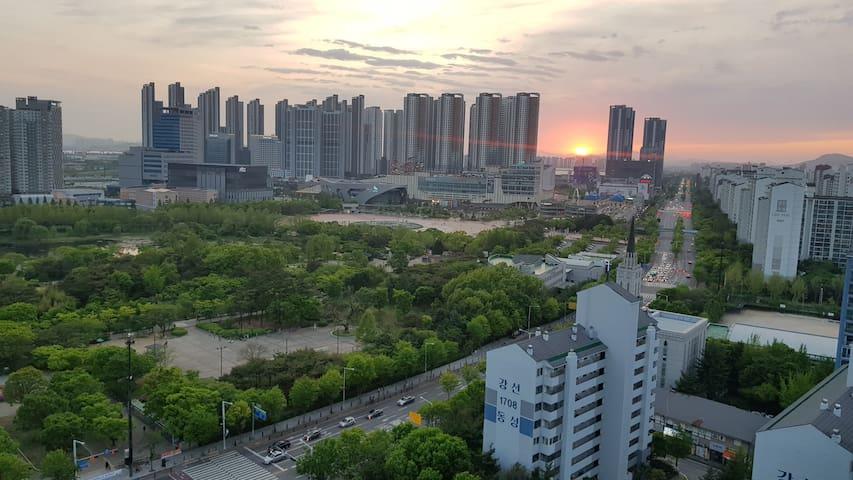 ilsan,kintex15<방1개,침실복층>일산/킨텍스/라페스타/호수공원뷰/장기숙박할인