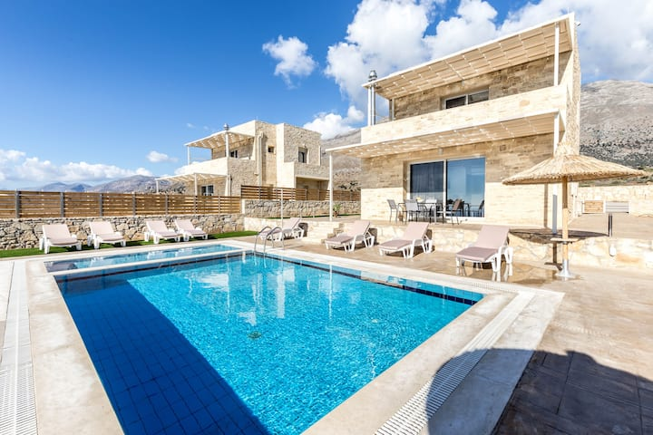 Lefkopetra Villa with 3 bedrooms&Pool in Triopetra