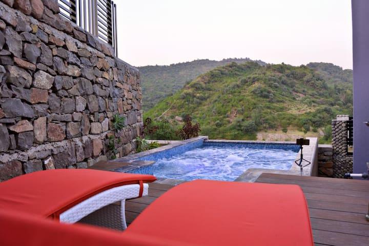 Kazani Resort (Ultra Luxurious Resort)- Simly Dam