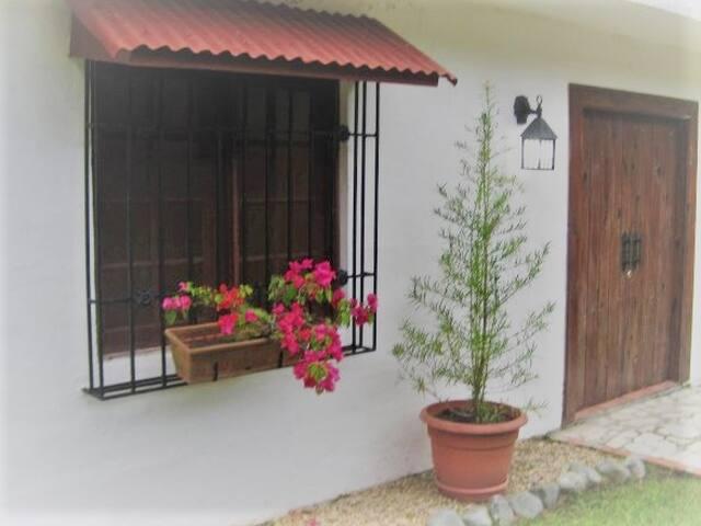 Mountain summer house, Los Cacaos