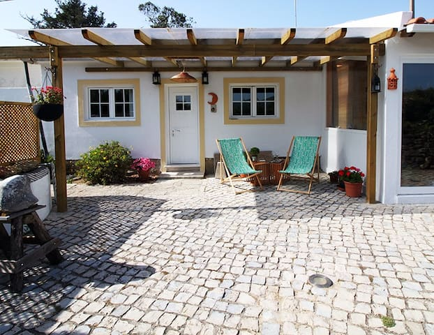 Casa de férias, com jardim e piscina em Sintra