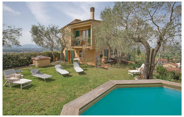 Holiday cottage with 4 bedrooms on 200 m² in Cigoli-S. Miniato -PI-
