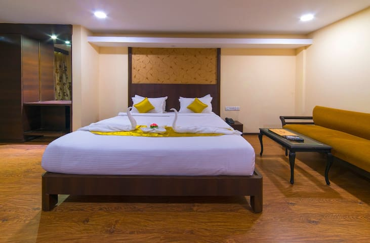 B&B Premium Suite 1.3 KMs from Colva beach
