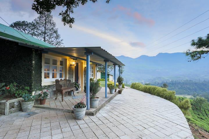 106 Year old Royal British bungalow - Munnar - Μπανγκαλόου
