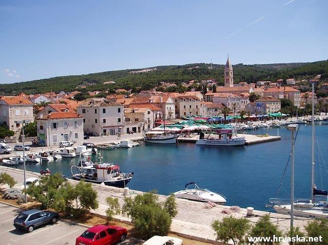 Appartement IVA - Supetar, Ile de Brac, Croatie