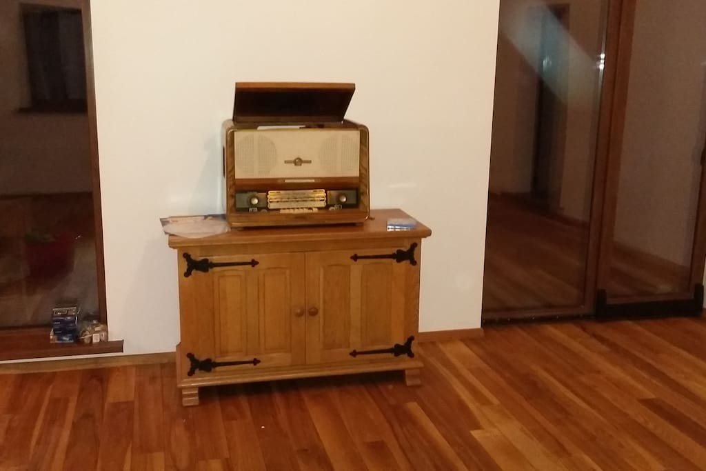 Antique working record player.
