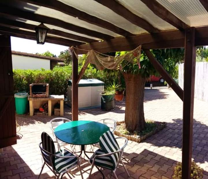 House with 2 bedrooms in Vendres, with shared pool, enclosed garden and WiFi - 800 m from the beach