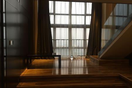 ✨泡泡鱼の【独一】/💋小屋拥有大落地窗与榻榻米/喧嚣中的宁静(长隆动物园/欢乐世界/广州塔)