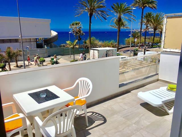 Studio at the beachfront in Playa de Las Americas