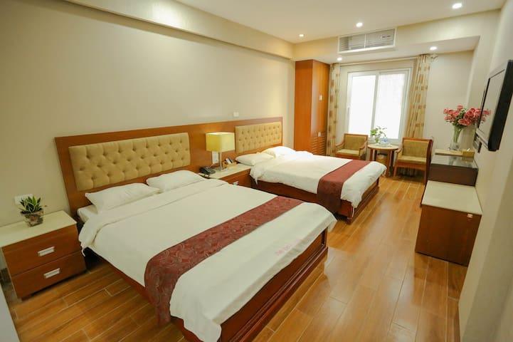 Green Capital Hotel Ha Long Standard 3 2beds
