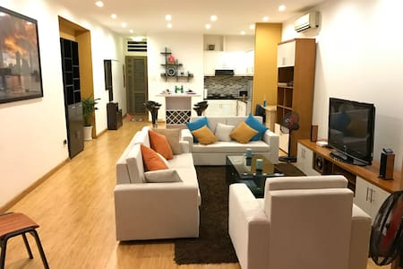 Spacious 1BR with private patio in Heart of D1 - Ho Chi Minh City