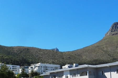 Spacious apartment in the heart of Sea Point - Cape Town - Apartmen