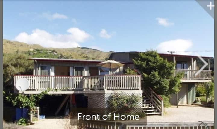 Pohara Beach Tree House