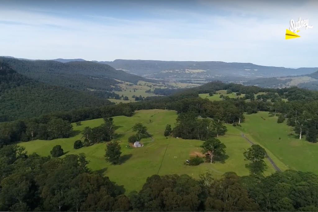 Drone footage of the Cedars Kangaroo Valley property, 360 degree spectacular views