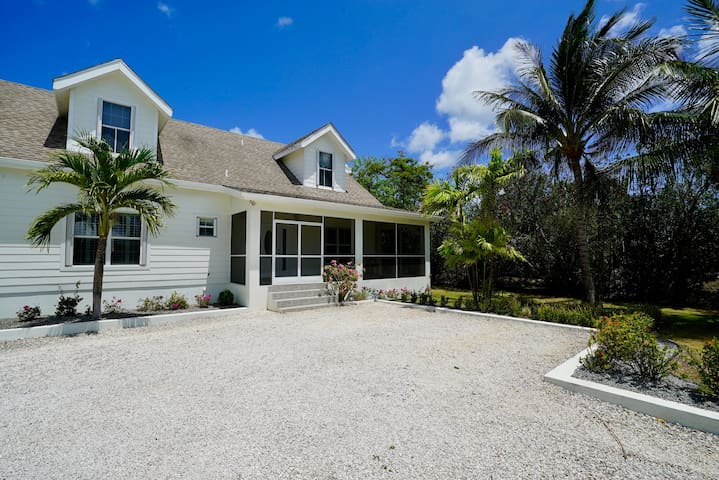 NEW LISTING- Beachy Keen in Cayman