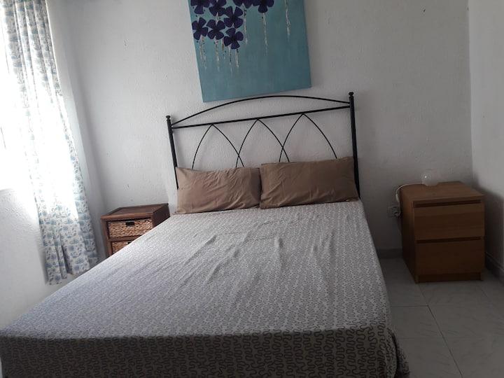 Habitación  matrimonial 1 persona 12€ pareja 18€