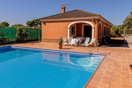 Rural Cottage with private pool near Seville