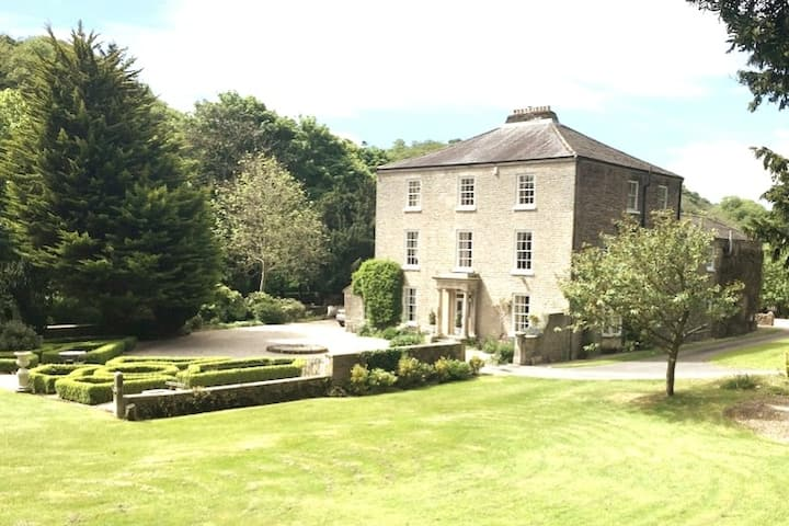 Georgian Villa in Richmond on the River Swale