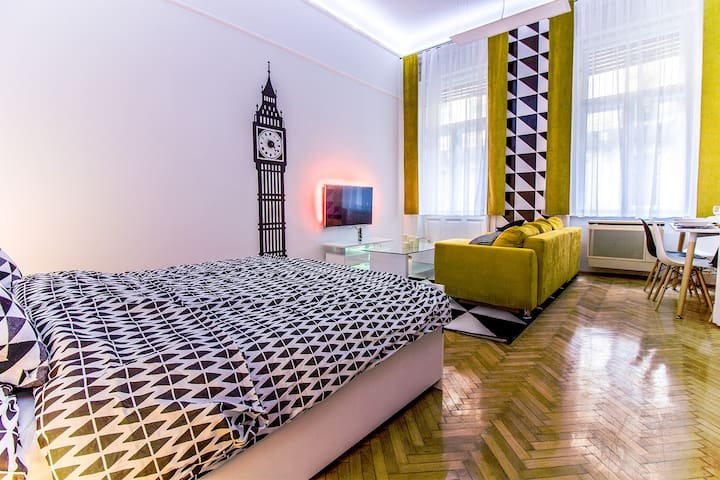 This flat's in Youth - Budapest - Serviced apartment