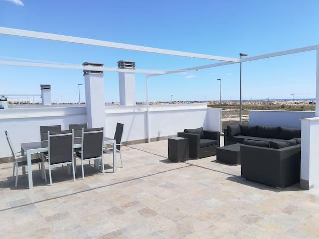 New 4 bedroom apartment in Pilar de la Horadada.