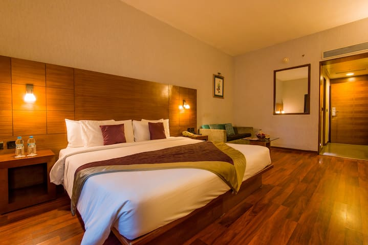 Orchid Deluxe King/ Twin Bed Room, Hinjewadi Pune