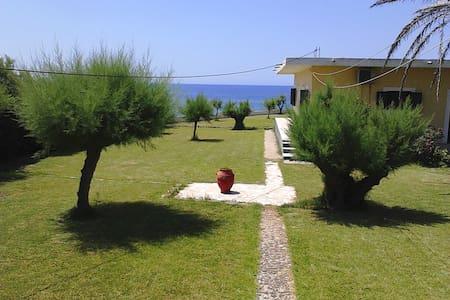 "Villa ""Seagulls 1""  Agios Georgios, Corfu"