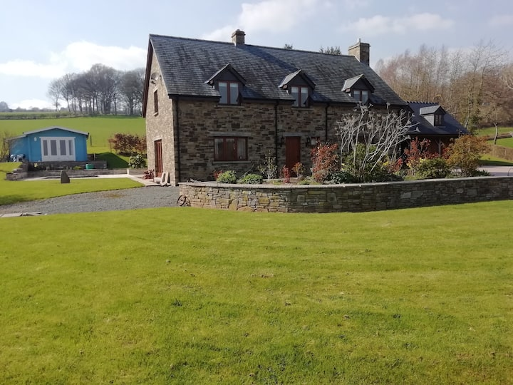 Rural rooms near Hay on Wye