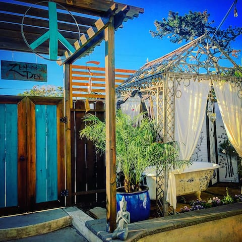 Zen Den A peaceful easy dwelling. Steps to water - Baywood-Los Osos - House
