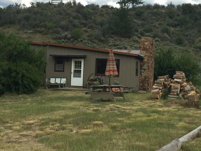 El Rancho Pequeno Bunk House