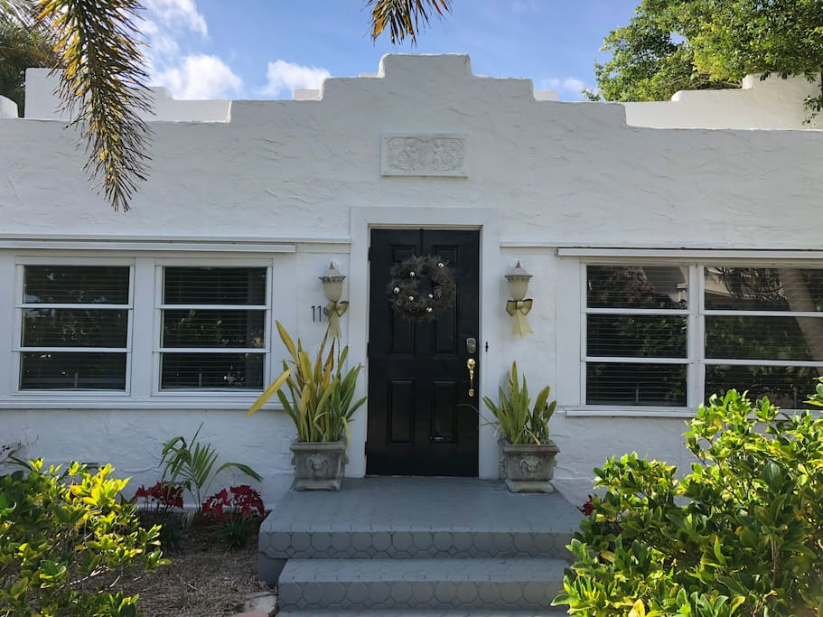 Front of Palmway House (3/2)