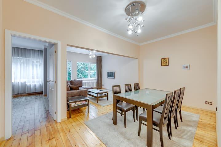 Vitosha Street apartment NDK, Top center!