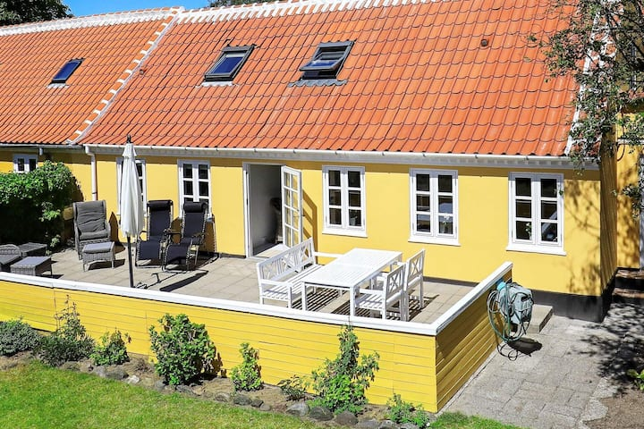 6 person holiday home in Skagen