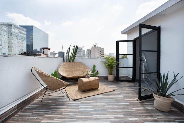 Penthouse with private terrace @ Nuevo Polanco