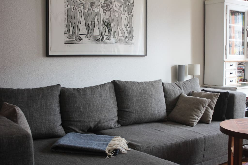 The large sofa invites you to relax...