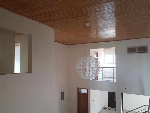 13bdrm for big group or per room - Accra - Hostel