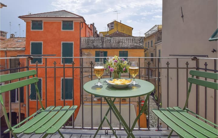 Stunning apartment in Albenga with WiFi and 2 Bedrooms