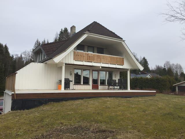 Villa ledig i ukene 26-31 - Ullensaker - House