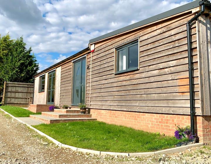 Blackberry Cottage - Kent Countryside Retreat