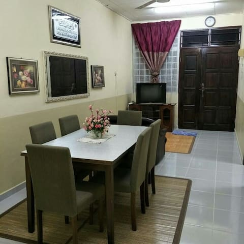 Seri Homestay Arau (for Muslim Guests)