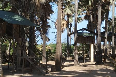 Treehouse>Atlanticview>Beach 10m.ParadiseBeach