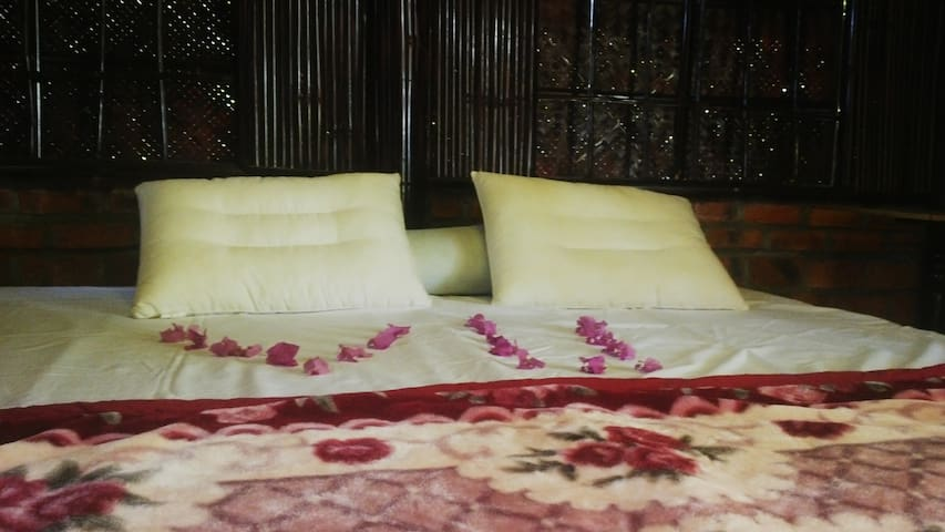 2 Double Bed Private Garden ,View / Vu Homestay - tp. Huế - Apartament