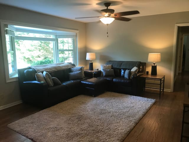 Cozy Private Room in the heart of Atlanta - Chamblee - House