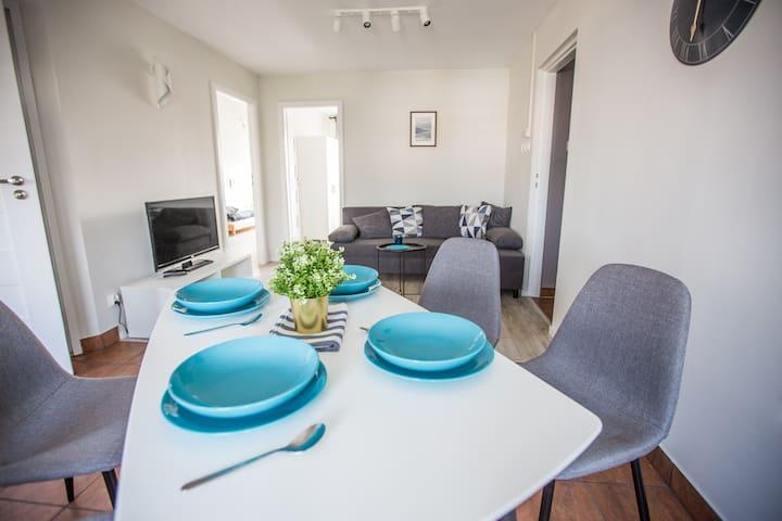 Cozy 60m2 Apartment with private paring