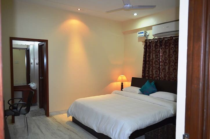 Cozy & Decent Single Room @ Rs 950 - Hyderabad - Appartement