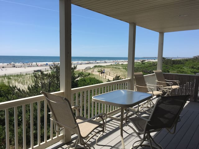 Six Bedrooms on the Beach in Sea Isle City