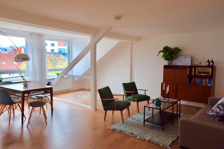 "Wow! Unique 75m² City-Apartment ""Dortmund's Pearl"""